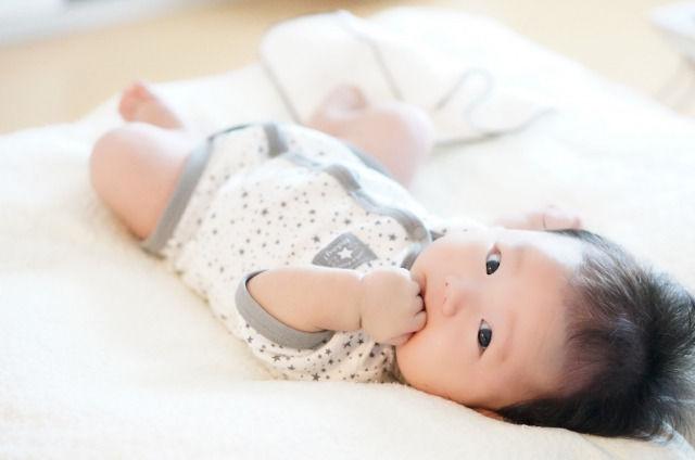 乳児湿疹とアトピー性皮膚炎の違い